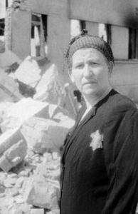 survivante-guetto_juif_lithuanie_1944